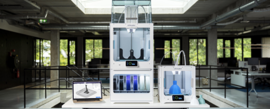 Ultimaker S5 Pro Bundle bringt industrielle Fertigung ins Büro