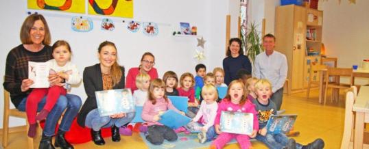 """Kleine Kunstwerke für die Weihnachtspost …  … und die Adventskalender der GFOS mbH von den """"Kleinen Füßen"""""""