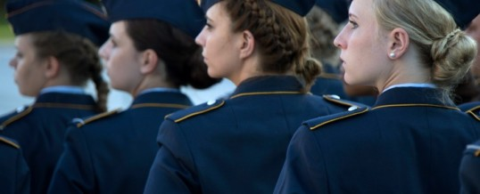 Internationaler Frauentag: Ministerin dankt den über 23.000 Soldatinnen